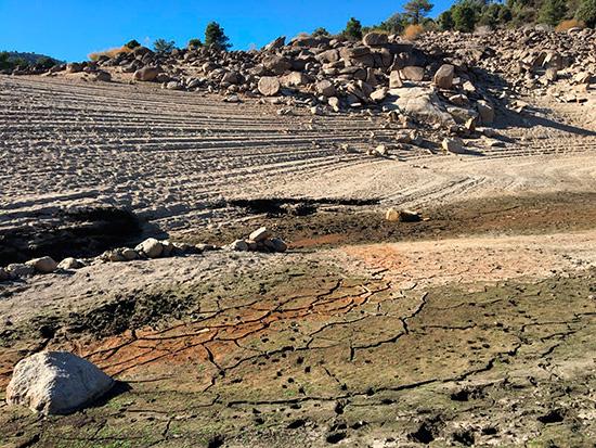 Embalse de El Burguillo, Ávila, en situación crítica por la falta de lluvias. (Foto: AJM)