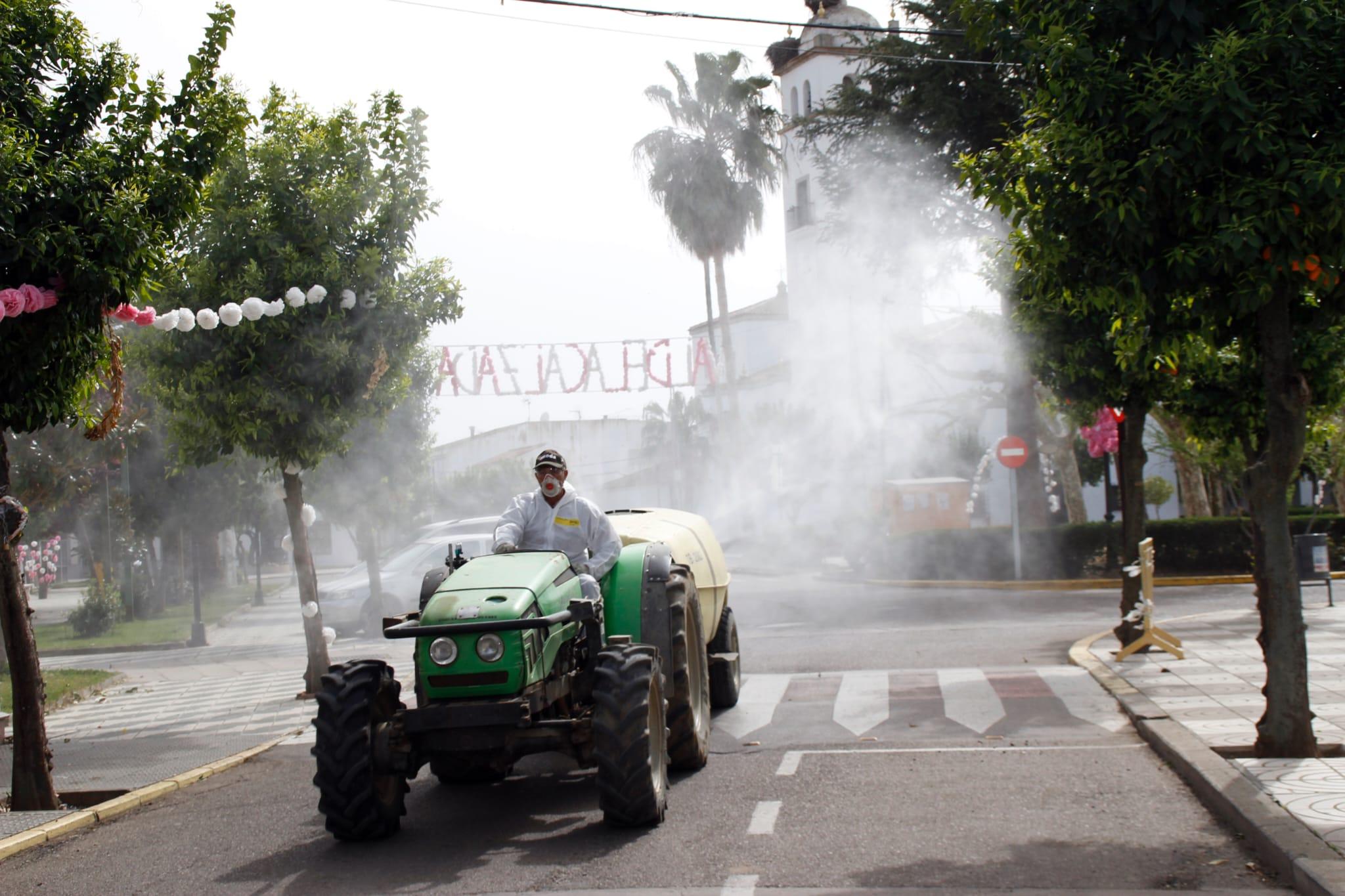 UPA, ASAJA y COAG ponen sus tractores a disposición de la Delegación del Gobierno para desinfectar los pueblos extremeños